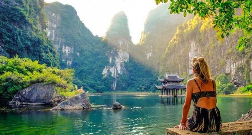 Bai Dinh Pagoda & Trang An Landscape full-day private tour